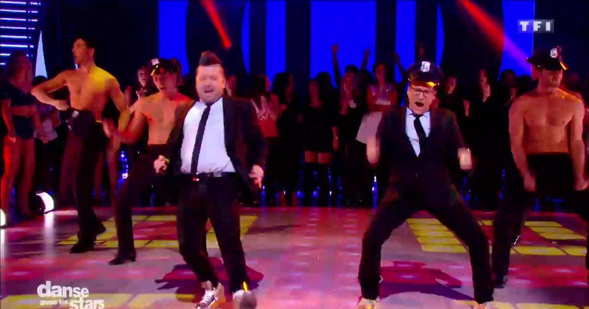 Danse avec les stars  : La danse des Pro avec Jean-Marc Généreux et Chris Marquès sur « Hot Stuff » (Donna Summer)  - TF1