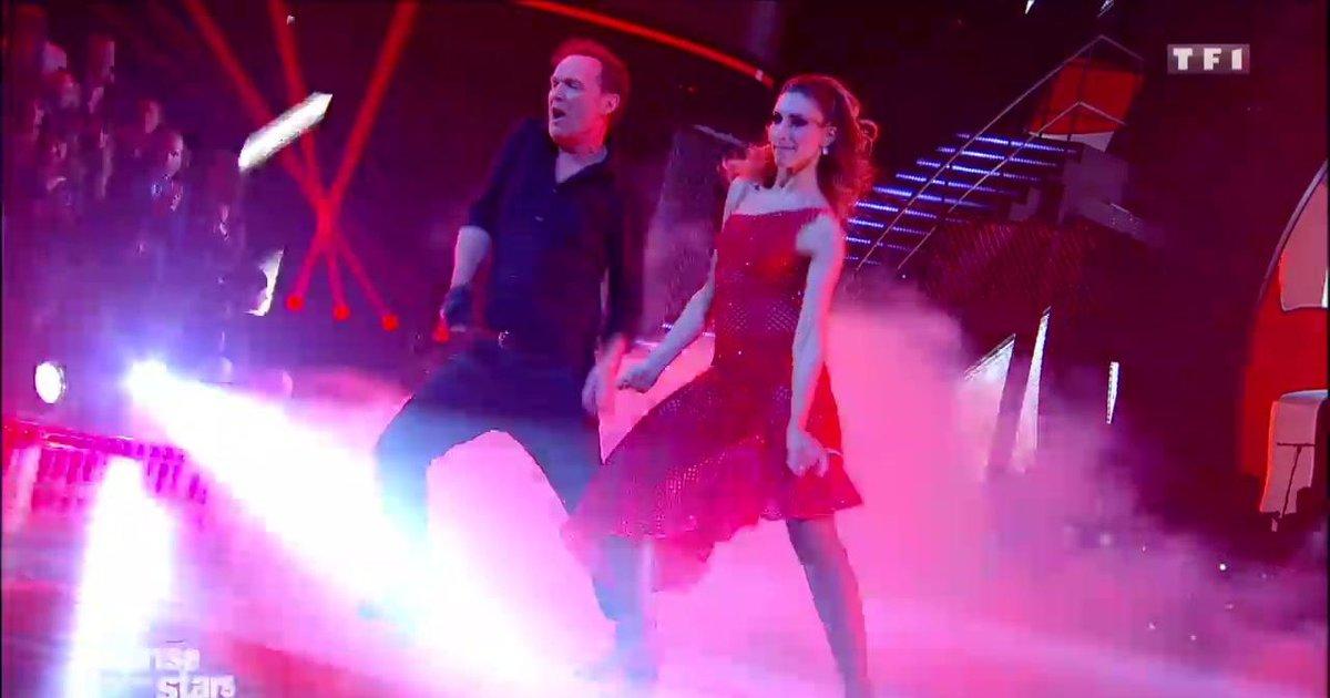 Danse avec les stars  : Un paso doble pour Julien Lepers et Silvia Notargiacomo sur « Bad » (Michael Jackson)  - TF1