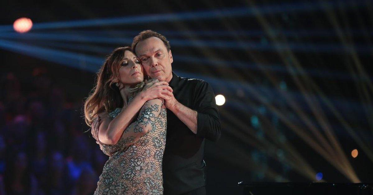 Danse avec les stars  : Une valse pour Julien Lepers et Silvia Notargiacomo sur « Hero » (Mariah Carey)  - TF1
