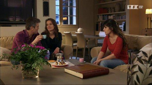 Voir le replay de l'emission Petits secrets entre voisins du 22/03/2018 à 08h30 sur TF1