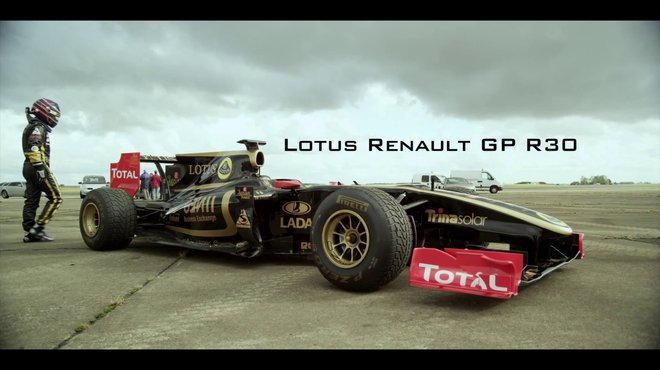 0 300 km h de la voiture la f1 par lotus renault automoto tf1. Black Bedroom Furniture Sets. Home Design Ideas