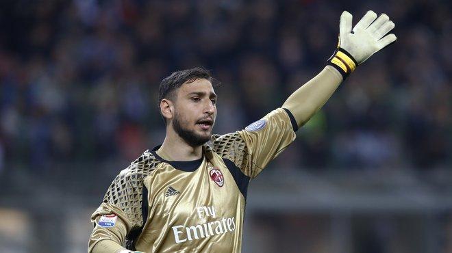 Maillot Domicile AC Milan PEPE REINA